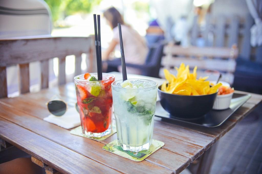 5 gezonde drankjes voor op het terras in goeden doen - Een terras aan het plannen ...